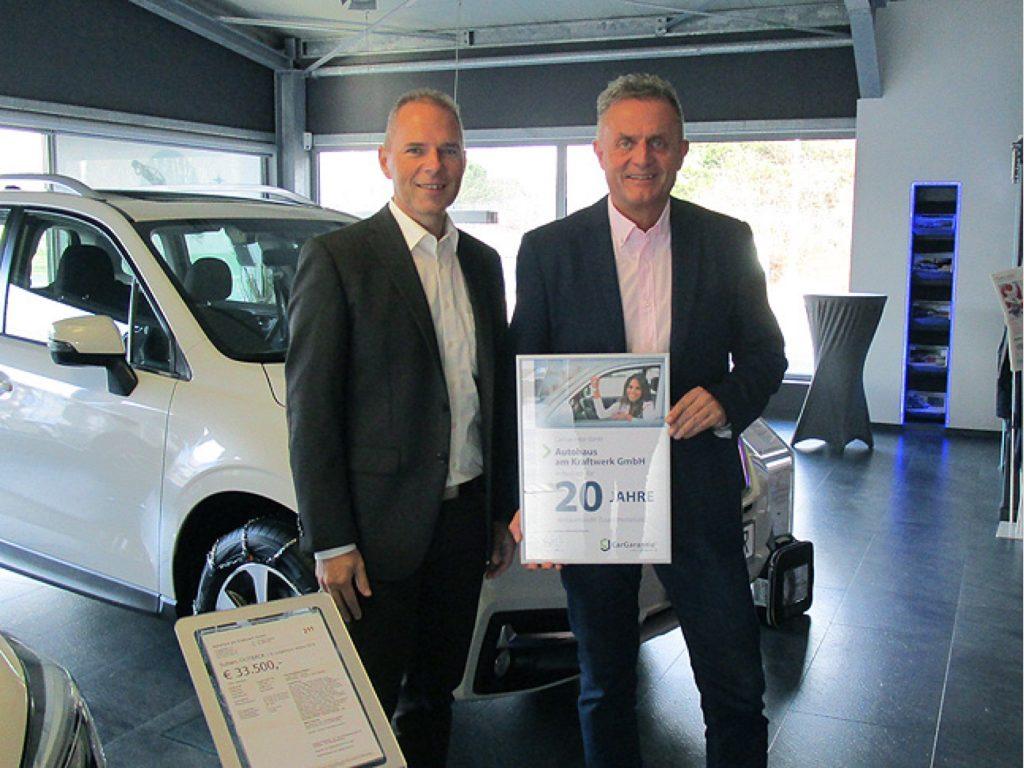 Michael Franz (Distriktleiter CG) und Thomas Knauber (Geschäftsführer und Händlerverbandspräsident Subaru)